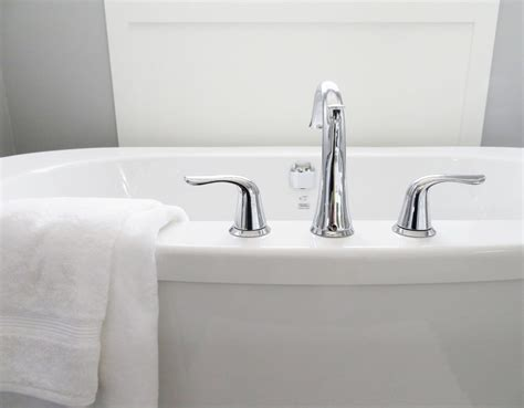 how to remove hair dye stains from sink how to remove hair dye from porcelain bathtub tubethevote