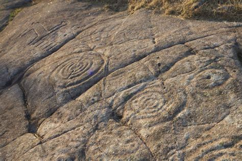los petroglifos de campo lameiro