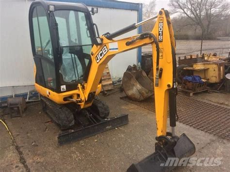 jcb  cts mini excavators