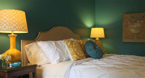 Wandfarbe Gelb Grün by Wandfarbe Gr 252 N Und Gelbe Nachttischlen Freshouse