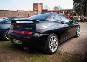 Alfa Romeo V6 : alfa romeo gtv v6 lusso zender dual exhaust pipes alfa romeo gtv pinterest alfa romeo ~ Medecine-chirurgie-esthetiques.com Avis de Voitures