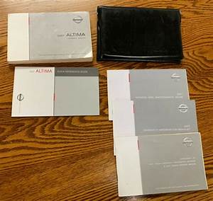 2007 Nissan Altima Owner U0026 39 S Owners Manual Set Oem W  Case