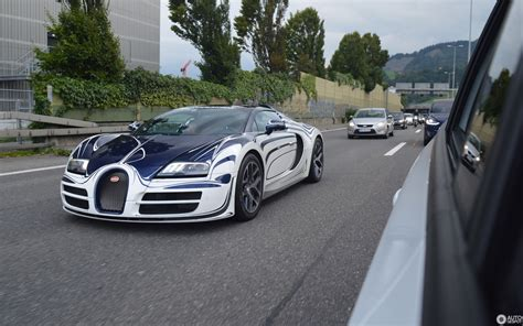 By winning the targa florio for five years straight. Bugatti Veyron 16.4 Grand Sport Vitesse - 9 September 2019 - Autogespot