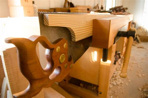 sharpen hand saws  woodworking wood  shop