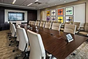 Decorated Wall Boardroom Conference Table Design Id651