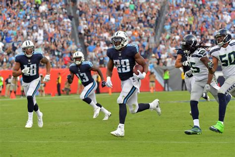 seahawks titans final score titans stave  late rally