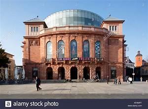 Staatstheater Mainz Kleines Haus : gutenbergplatz stock photos gutenbergplatz stock images alamy ~ Bigdaddyawards.com Haus und Dekorationen