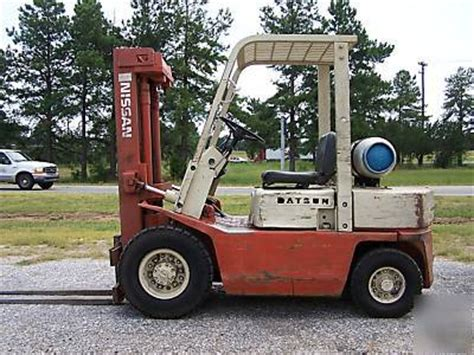 Datsun Forklift by Nissan Datsun 5000 Lb Pneumatic Forklift