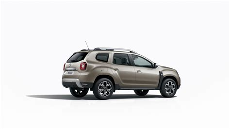 Renault Duster Usa by Renault Plasters Its Name Badges And Vents On New Duster