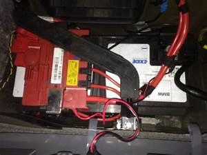 Peut On Recharger Une Batterie Sans Entretien : charger sa batterie bmw ~ Medecine-chirurgie-esthetiques.com Avis de Voitures