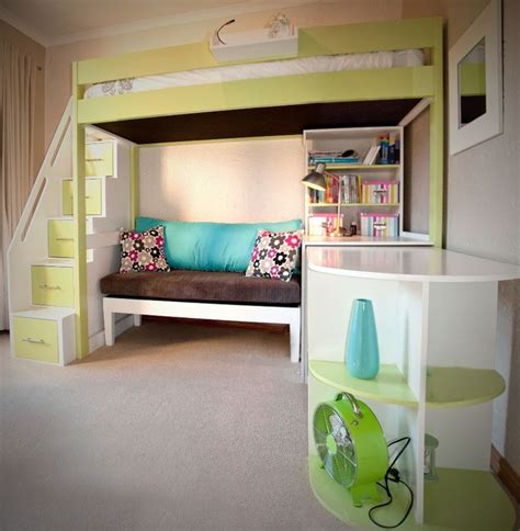 Bunk Beds With Couches Underneath by Loft Bed With And Desk Tween Loft Bed With Pullout