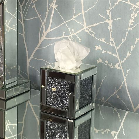 Diamond Crush Square Mirrored Tissue Box Cover   Picture