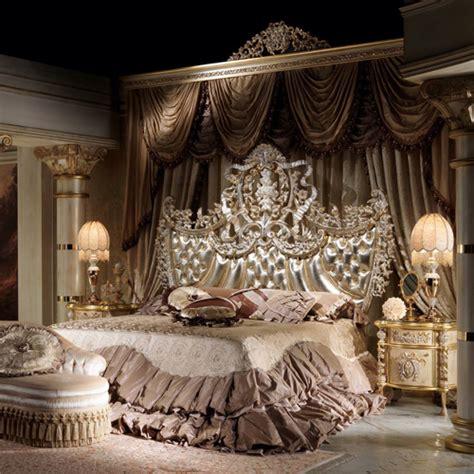 luxe   paillettes voici les tetes de lit les