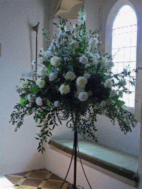 pedestal arrangement flowercraft florist sameday