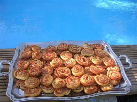 assortiment de feuillet 233 s pour l ap 233 ritif dans la cuisine de corinne