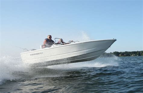 Triumph Boats Warranty by Research 2014 Triumph Boats 170 Dc On Iboats