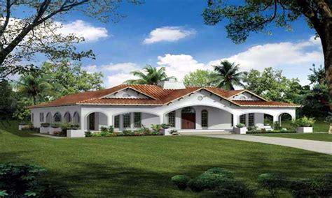 spanish style house plans  courtyard spanish bungalow house plans mission style home plans