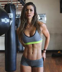 Profile  Who Is Anllela Sagra  The Beautiful Colombian Fitness Model
