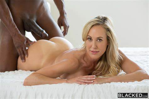 Vixen Blonde Fun With Myself Before Pounding Brandi Loves