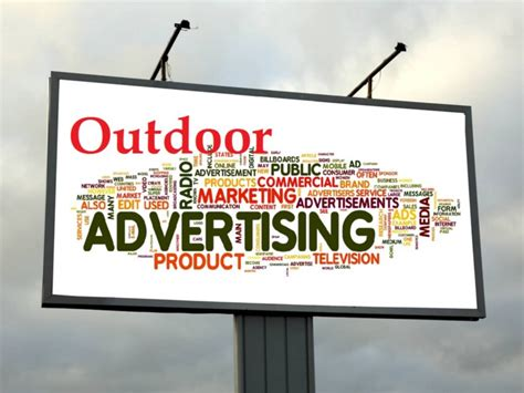 10 Amazing Outdoor Advertisement Ideas - Technians