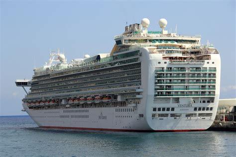Ship On P&o Ventura Cruise Ship