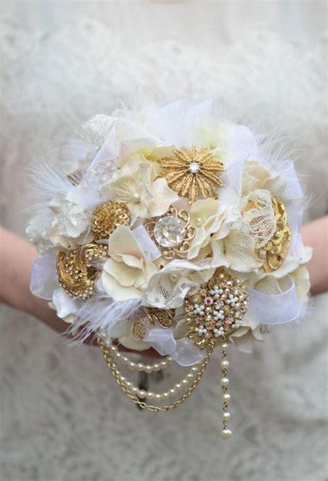 1000 Ideas About Brooch Bouquets On Pinterest Wedding