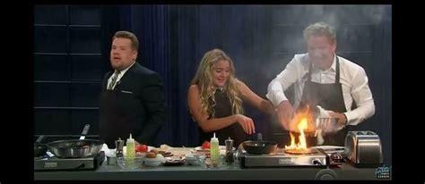 chaine tele cuisine le chef gordon ramsay met le feu à la cuisine d 39 une télé