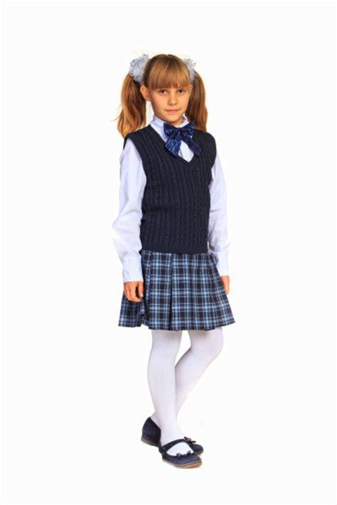 ТОП ИДЕЙ модная школьная форма 20202021 школьная форма для мальчиков и девочек фото образы фасоны .