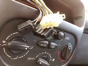 Changer Haut Parleur 206 : branchement auto radio sur 206 206 peugeot forum marques ~ Medecine-chirurgie-esthetiques.com Avis de Voitures