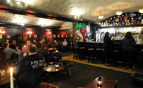 Top Edinburgh Bars - 14 best pubs in edinburgh right now