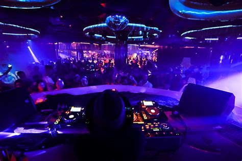 nightclubs  mallorca  superweekendcom