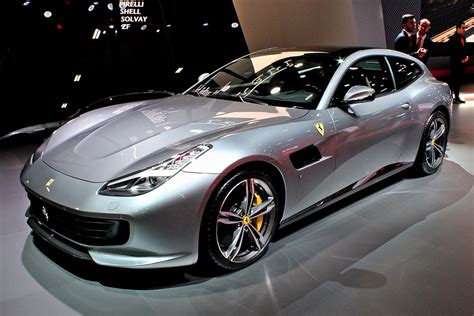 Discover the ferrari gtc4lusso, a powerful and sporty car offering the excitement of the unexpected. Ferrari GTC4Lusso - Wikipedia, la enciclopedia libre
