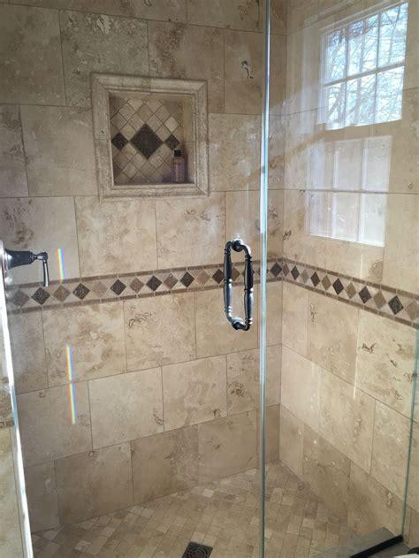 amazing bathroom  popular travertine tile designs