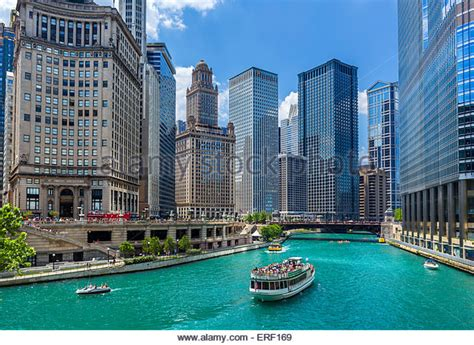 Chicago River Boat Tour by Best Chicago River Boat Tours