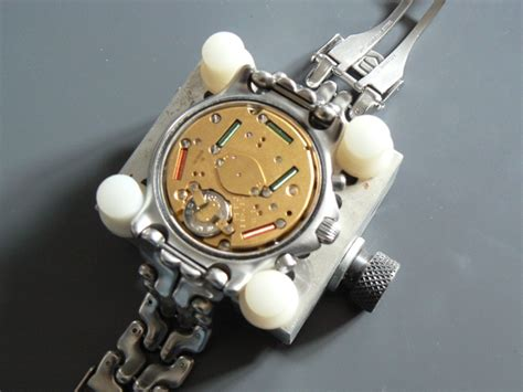 changer pile montre tag heuer