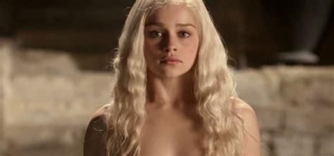 Emilia Clarke, De 'juego De Tronos', Fichada Para El