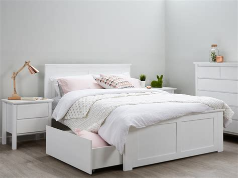 contemporary platform bed with lights modern beds images
