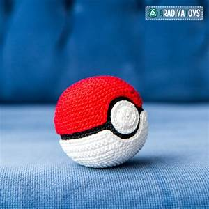 Pokeball   U0026quot Pokemon U0026quot