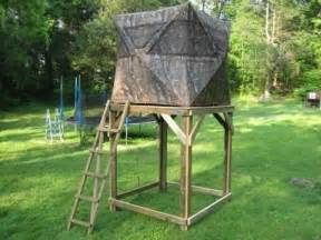 Bow Hunting Tree Stands by Best 20 Hunting Ground Blinds Ideas On Pinterest Ground