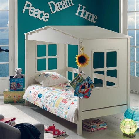 d o chambre enfants lit cabane hut cocktail scandinave