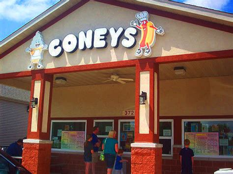 Peoria Hot Dog Wars: Coneys Versus The Hofbrau House — Meanwhile, Back In Peoria...