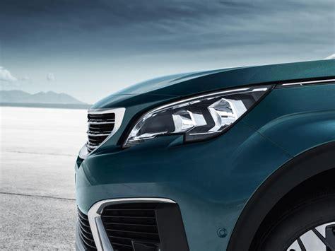 Peugeot 5008 Interni by Peugeot Suv 5008 Design Interni Esterni Accessori E