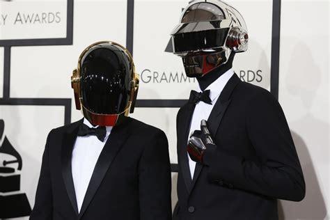 Daft Punk, le duo électro le plus célèbre du monde, se ...