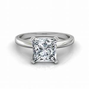 Classic Princess Cut Diamond Engagement Ring in Platinum
