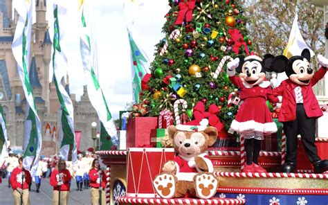 when does disney put up christmas decorations 2017