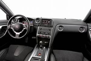 Nissan Gtr Interieur : essai nissan gt r le blog auto ~ Medecine-chirurgie-esthetiques.com Avis de Voitures
