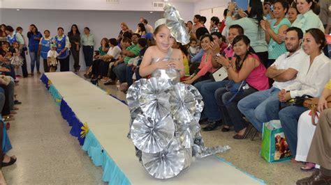 imagenes de vestimenta de reciclaje apexwallpapers pasarela con vestuario hecho con material reciclado 29abril2014 youtube