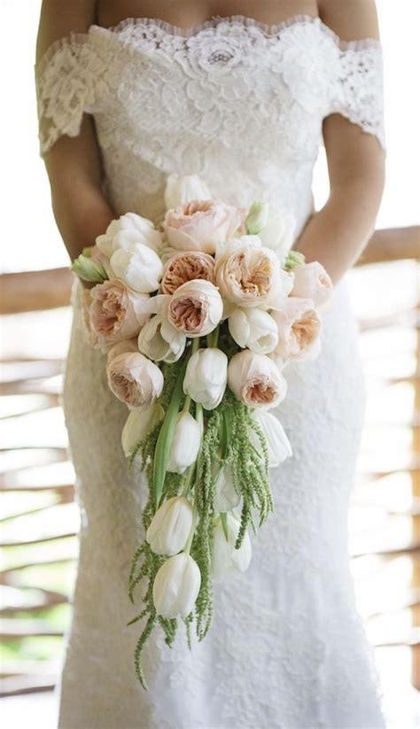 tulip wedding ideas  pinterest tulip bouquet