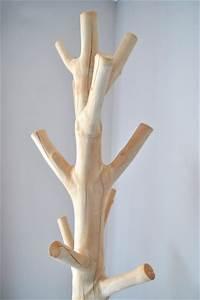 Porte Manteau Bois Sur Pied : porte manteau en bois design porte manteau en bois de ~ Nature-et-papiers.com Idées de Décoration