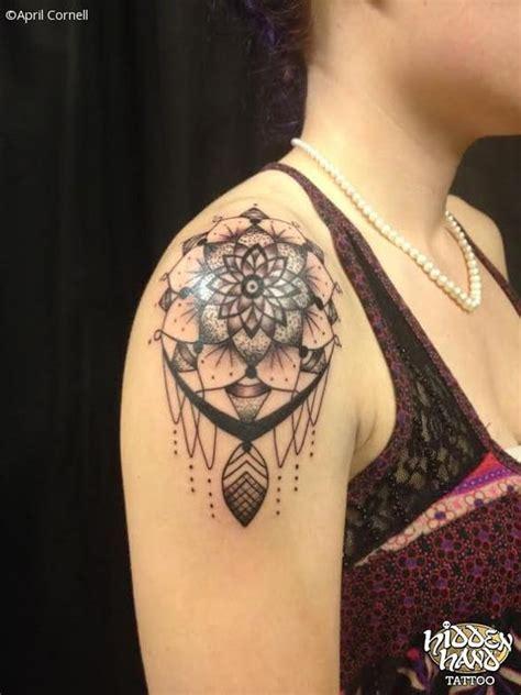 dreamcatcher tattoos  shoulder